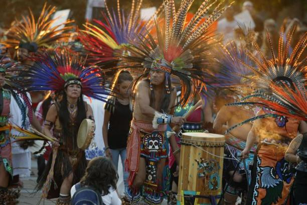 Native Americans head to a rally at the State Capitol in Denver, Colo., Thursday, Sept. 8, 2016, to protest in solidarity with members of the Standing Rock Sioux tribe in North Dakota over the construction of the Dakota Access oil pipeline. The tribe argues that the pipeline, which crosses four states to move oil from North Dakota to Illinois, threatens water supplies and has already disrupted sacred sites. (ANSA/AP Photo/David Zalubowski) [CopyrightNotice: Copyright 2016 The Associated Press. All rights reserved.]