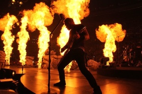 Metallica_Rexall_fire