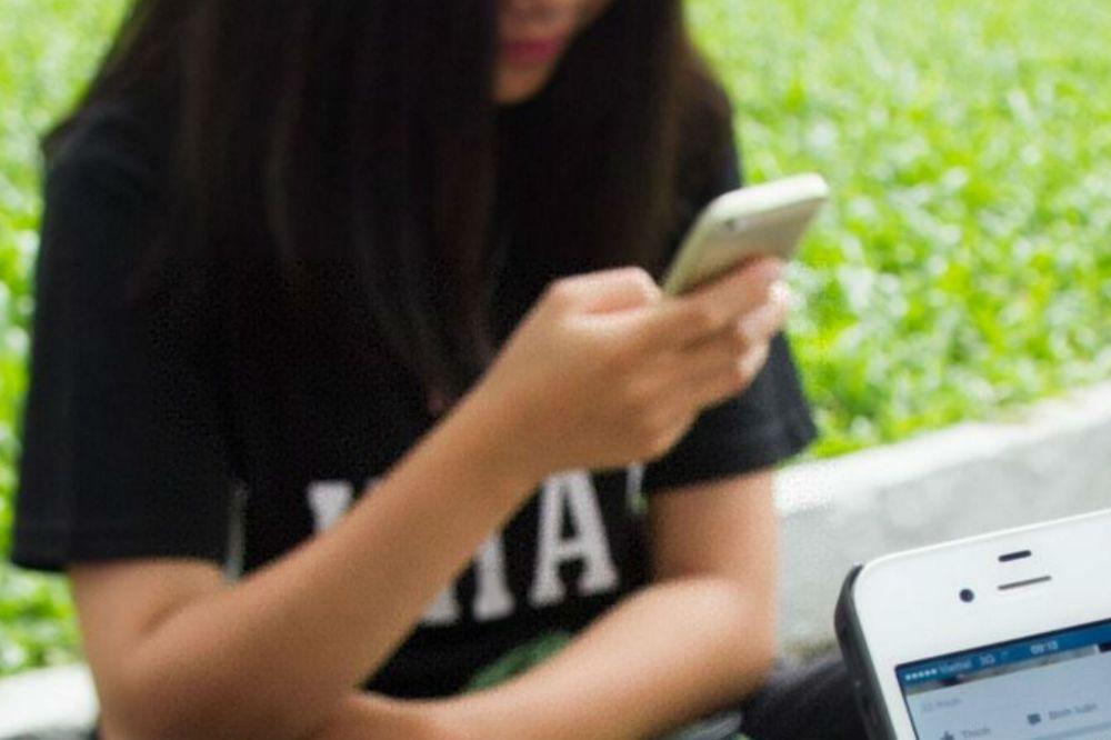 Cellulare_spiato_xin.jpg