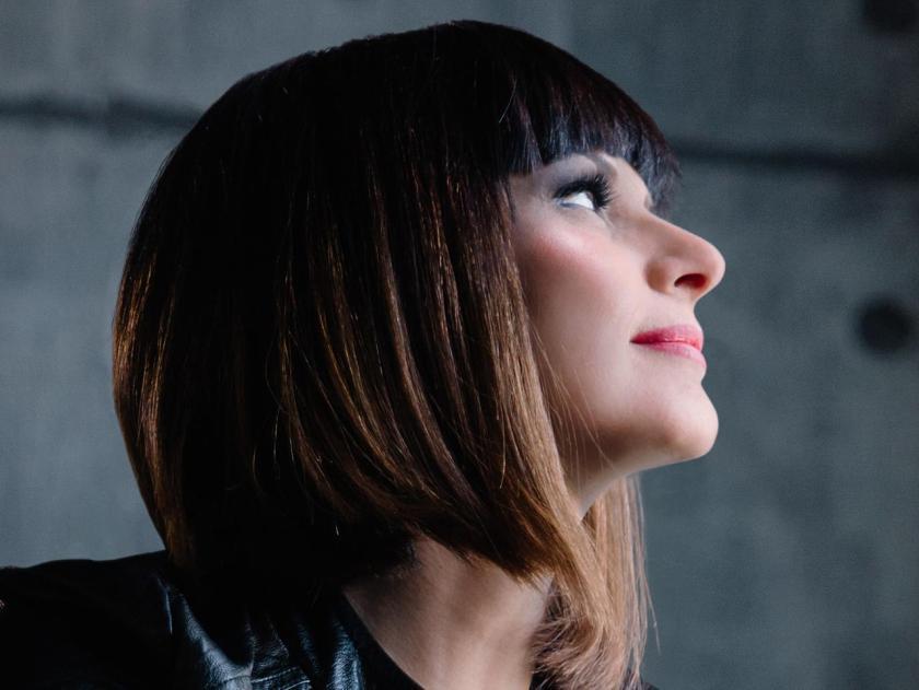 Silvia_Mezzanotte_primo_piano-kPmE--1280x960@Produzione.jpg
