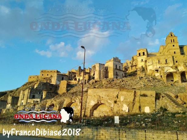 Immagine tratta da repertorio di Onda Lucana by Franco Dibiase Craco 2
