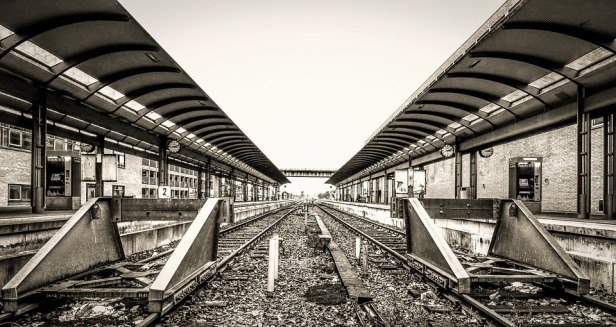 train-3182761_960_720.jpg