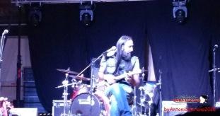 Zio Rocco e le sue chitarre esoteriche