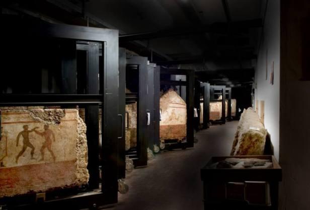 Dal buio alla luce Museo Archeologico di Paestum Comune di Capaccio (Sa).jpg