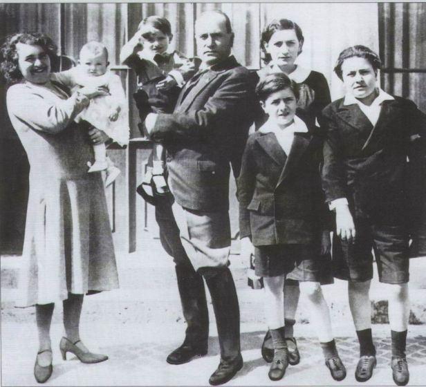 famiglia-mussolini-2.jpg