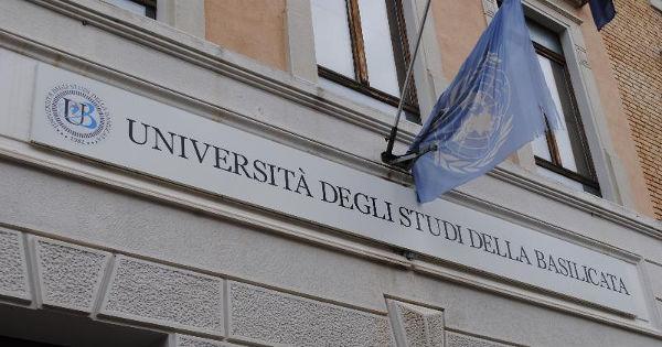 universita_degli_studi_della_b_3.jpg