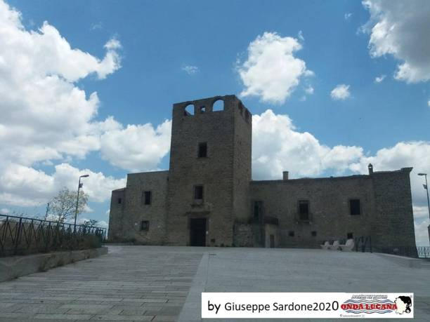 Immagine tratta da repertorio di Onda Lucana®by Giuseppe Sardone 2020.jpg03